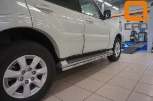 Защита штатных порогов Mitsubishi Pajero (Митсубиши Паджеро) IV (2011-) d  42 3