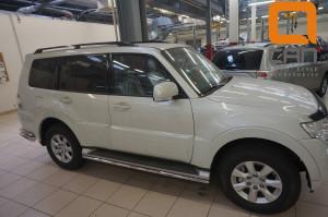 Защита штатных порогов Mitsubishi Pajero (Митсубиши Паджеро) IV (2011-) d 42
