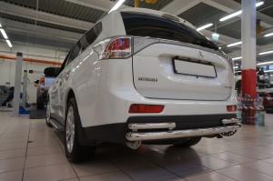 Защита заднего бампера Mitsubishi Outlander 3