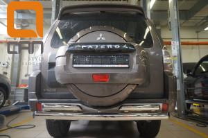 Защита заднего бампера Mitsubishi Pajero (Митсубиши Паджеро) IV (2011-2014 2014-) (двойная) d 76 60 2