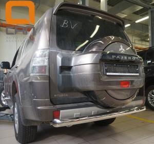 Защита заднего бампера Mitsubishi Pajero (Митсубиши Паджеро) IV (2011-2014 2014-) (одинарная) d 76
