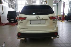 Защита заднего бампера Toyota Highlander (Тойота Хайлендер) (2014-) (уголки) d 60 42 3