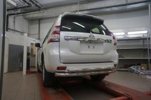 Защита заднего бампера Toyota Land Cruiser (Тойота Ленд Круизер) 150 (2009-) (двойная) d 76 60
