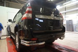 Защита заднего бампера Toyota Land Cruiser (Тойота Ленд Круизер) 150 (2009-) (уголки) d70 42 3