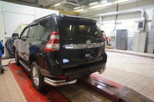 Защита заднего бампера Toyota Land Cruiser (Тойота Ленд Круизер) 150 (2009-) (уголки) d70 42